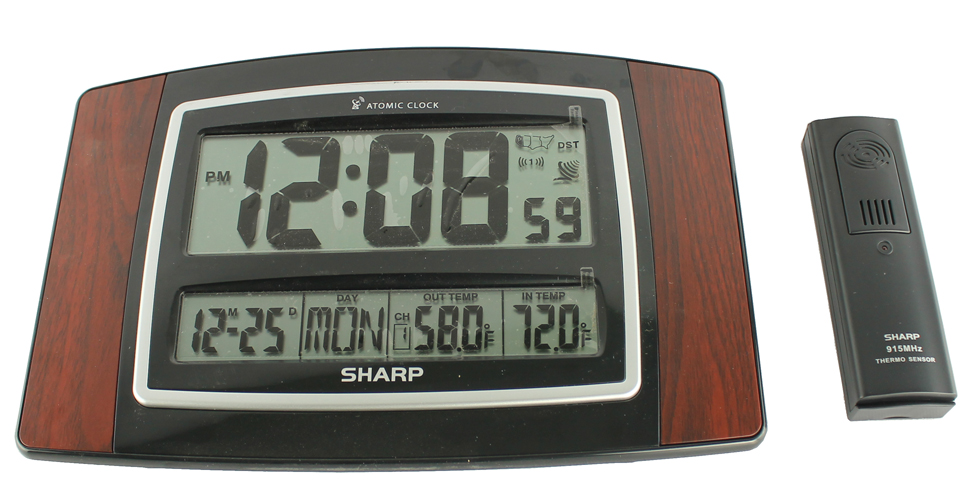 SHARP-CLOCKEXPRESSO-SPC900WG�SHARP SPC900WG Digital Atomic Wall Clock w/ Wireless Indoor & Outdoor Temperature Sensor