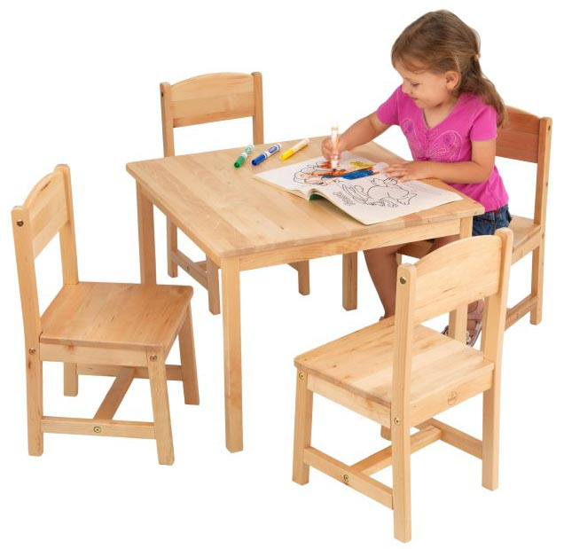 21421�KidKraft Farmhouse Table & 4 Chairs Set (Birch Wood)