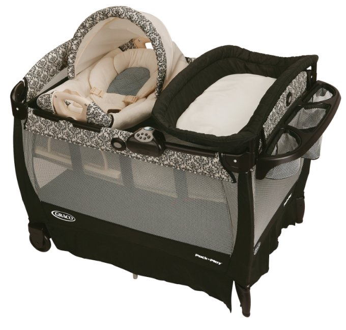 Graco Pack 'n Play Playard with Cuddle Cove Rocking Seat - Rittenhouse | 1857692