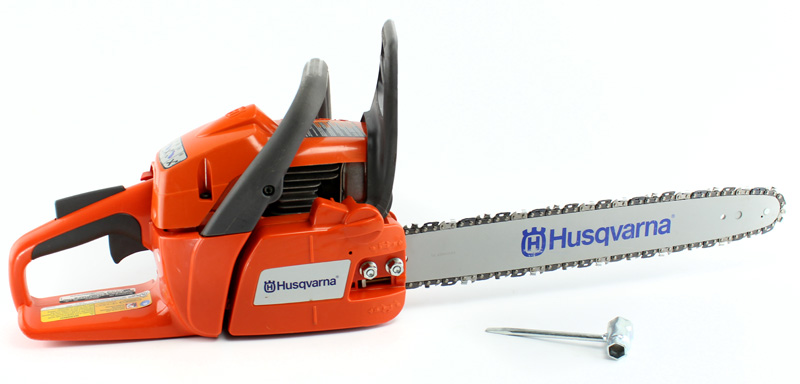 "240-18-BRC-RB�Husqvarna 240 18"" Gas Powered Chainsaw (Refurbished)"