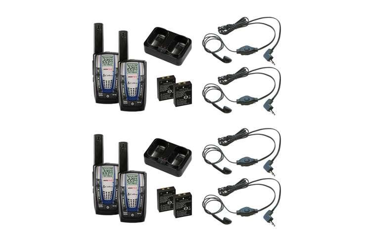 CXR875 + 4 x GA-EBM2�Cobra CXR875 30 Mile 22 Channel FRS/GMRS Walkie Talkie 2-Way Radios (4) + Headsets (4)
